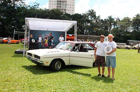 Dodge Charger R/T 1977 – Pedro Horn – premiado na categoria Geração Disco (veículos entre 1974 e 1982)